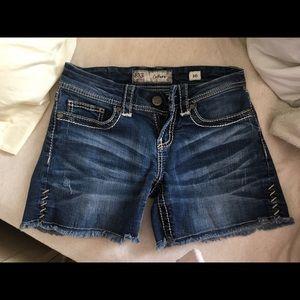 BUCKLE jean shorts 26